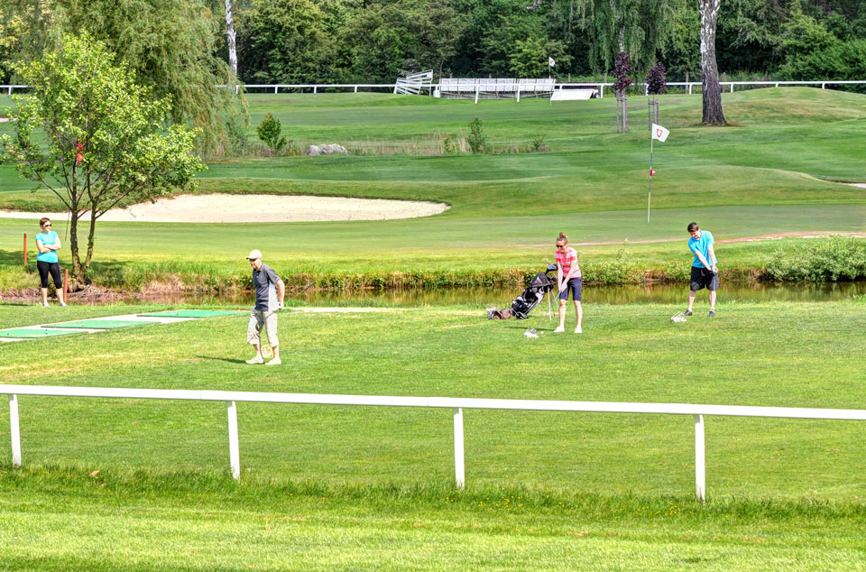 Golf & Horse Resort
